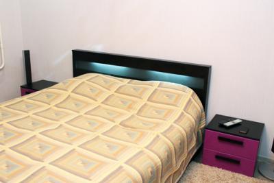 кровать с подсвесткой