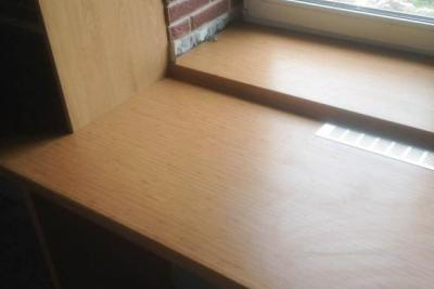 столешница у окна