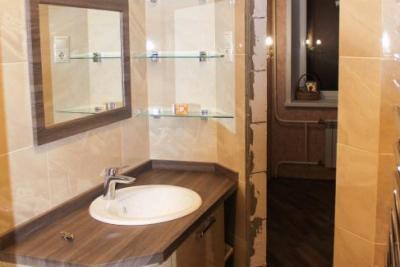 Мебель для ванной на заказ Тверь